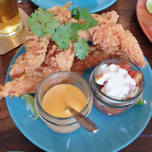 ไก่ทอด Quesadilla Chicken (190 บาท)