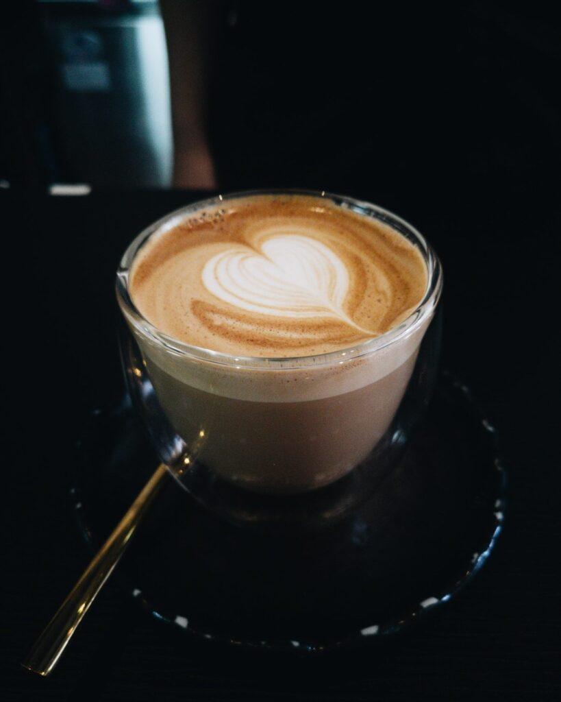 ร้านกาแฟสงขลา ครัวซองต์