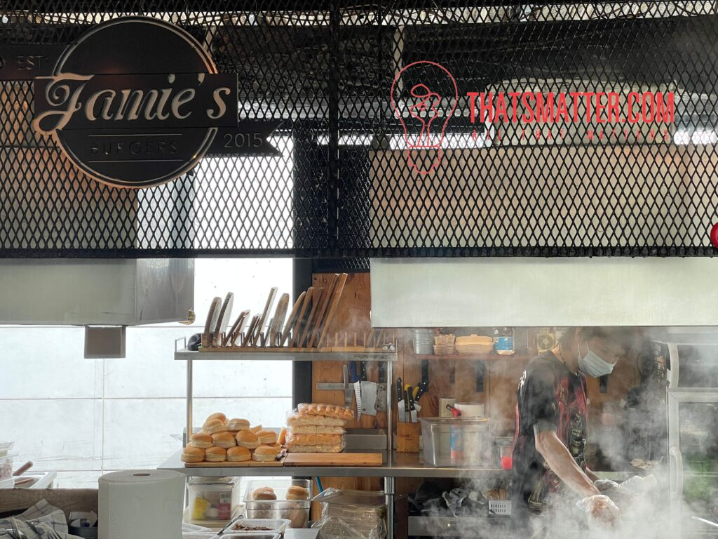 Jamie's Burgers สนามฟุตบอล Frank & Release