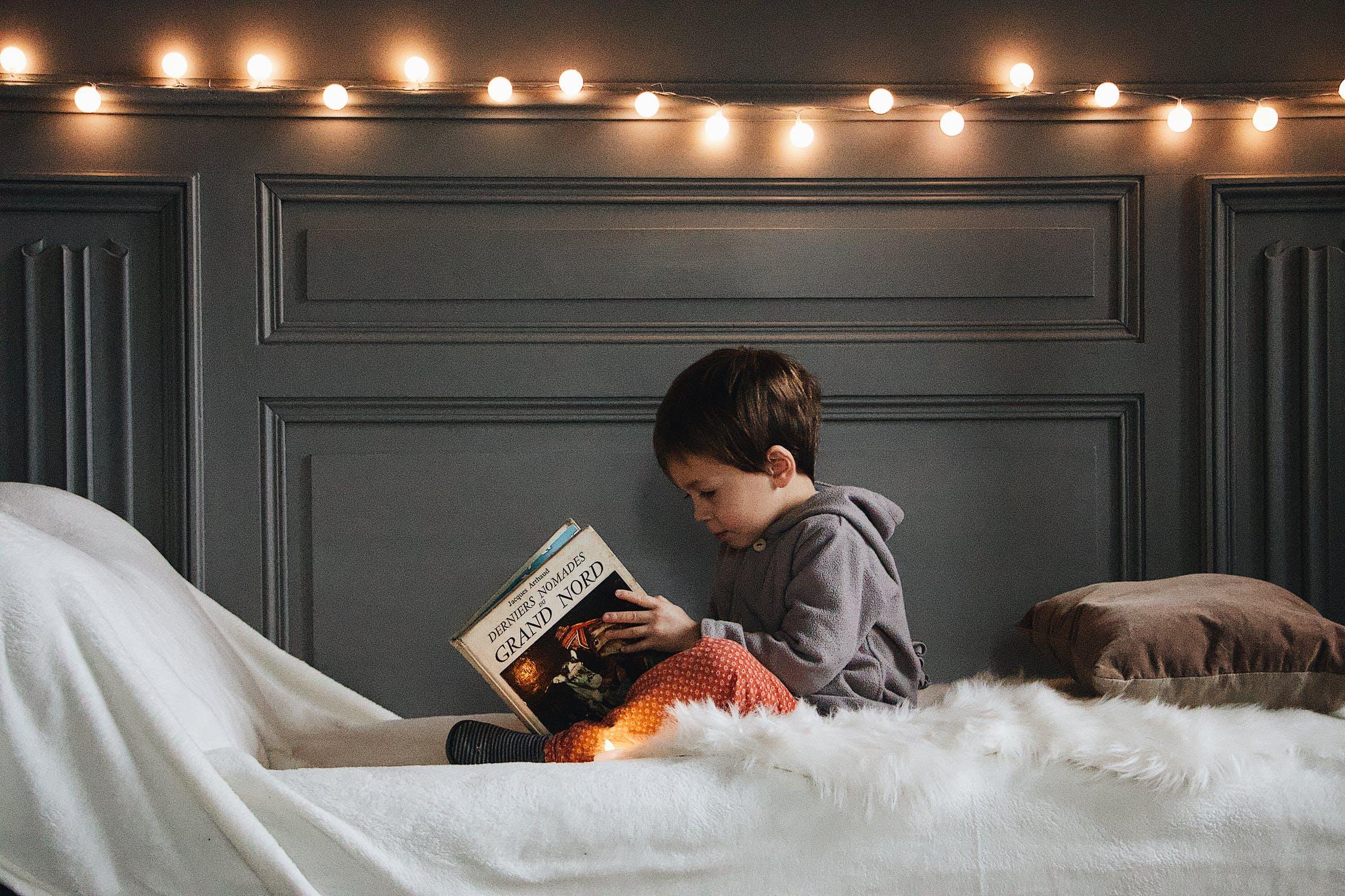 อ่านหนังสือกับลูก เพิ่มคลังคําศัพท์ให้กับสมอง